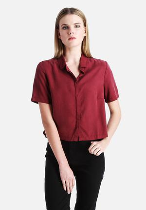 Native Youth Tencel Cropped Shirt Burgandy