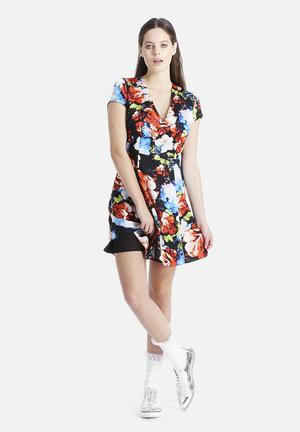 Goldie She's A Keeper Flower Tea Dress Casual Multi Floral