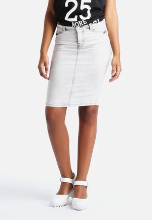Vero Moda Wonder Above Knee Skirt Light Grey Denim