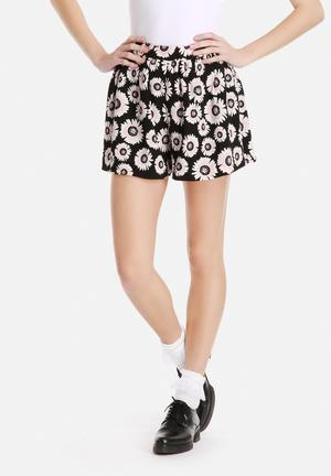 Dahlia Full Shorts In Sunflower Print Navy And White