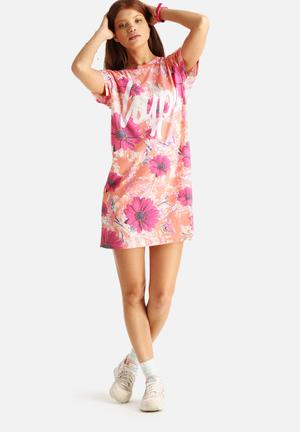 Hype Marble Splat Floral T-Shirt Dress Casual Peach & Pink