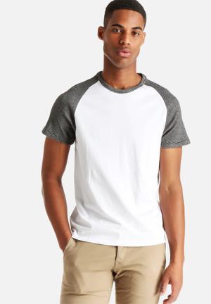 ADPT. Raglan Tee T-Shirts & Vests White
