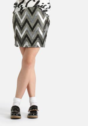 ONLY Zigzag Skirt Black & Silver