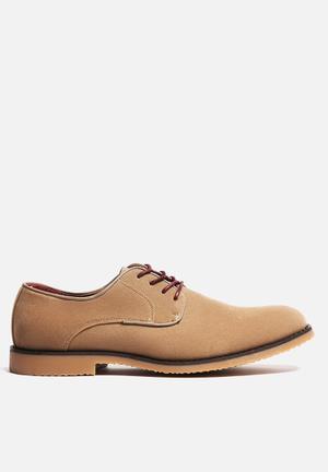 Charles Southwell Nashville Formal Shoes Beige