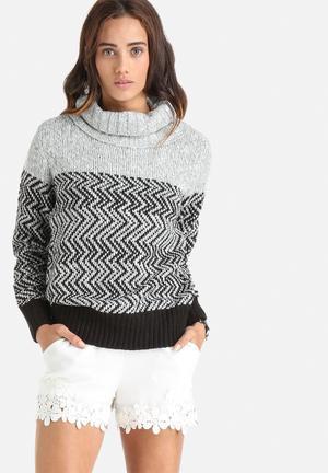ONLY Mara Roll Neck Sweater Knitwear Black & Grey