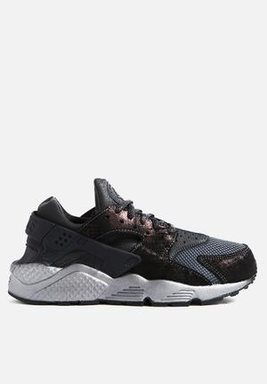 Nike Wmns Air Huarache Run Premium Sneakers Black / Anthracite