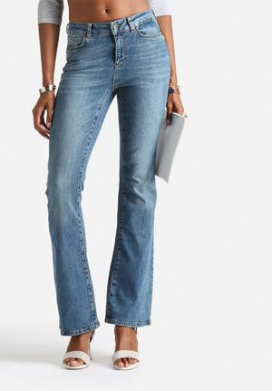 Vero Moda Sally Flare Jeans Medium Blue