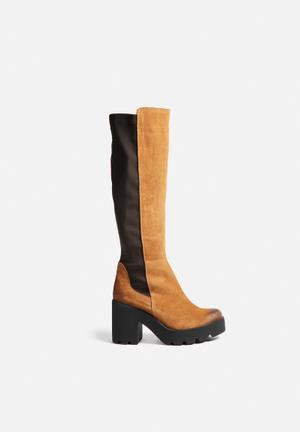 Sixty Seven Heidi Boots Brown