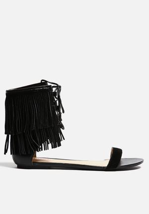 Lilly's Closet Henna Sandals & Flip Flops Black