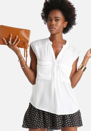 Dailyfriday Lonely Heart Blouse White
