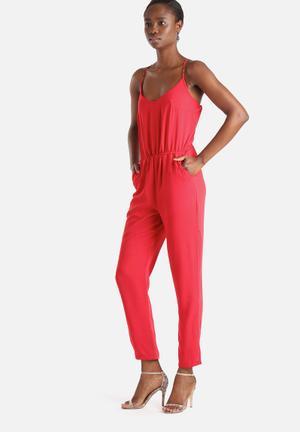 Vero Moda Rizza Jumpsuit Red