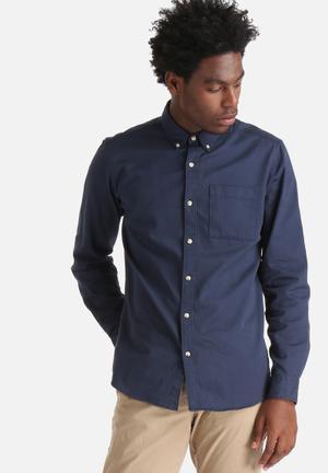 ADPT. Nelson Button Down Shirt Navy