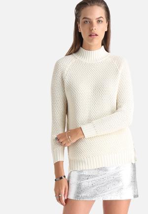 Noisy May Louis Crew Neck Sweater Knitwear Cream