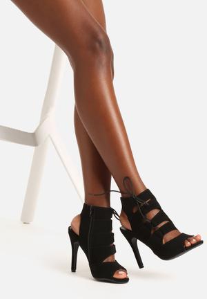 Cape Robbin Abbie Heels Black