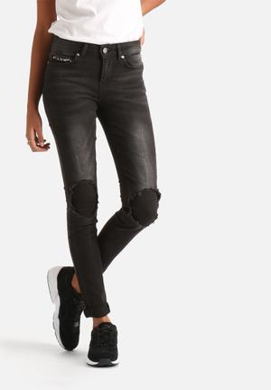Noisy May Lucy Distressed Stud Jeans Dark Grey