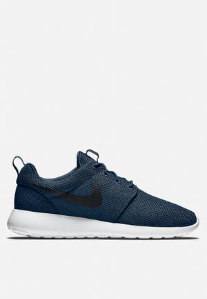 Nike Roshe One Sneakers Midnight Navy / Black / White