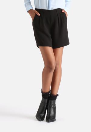 Vero Moda Goiacity Long Shorts Black