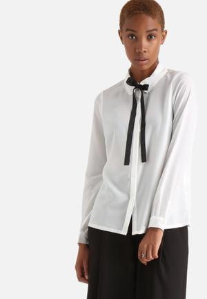 Vero Moda Golly Bow Shirt Off White