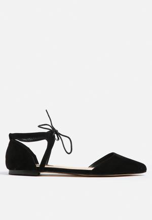 Billini Simba Pumps & Flats Black