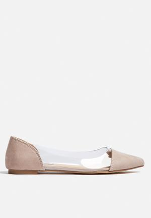 Billini Santa Pumps & Flats Nude