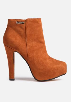 Sissy Boy Platform Ankle Boot Tan