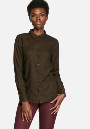VILA Liza Soft Shirt Dark Olive