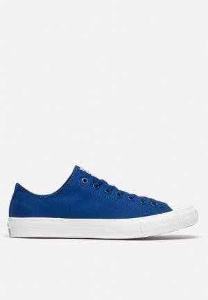 Converse Chuck Taylor All Star II Low Sneakers Soladite Blue / White
