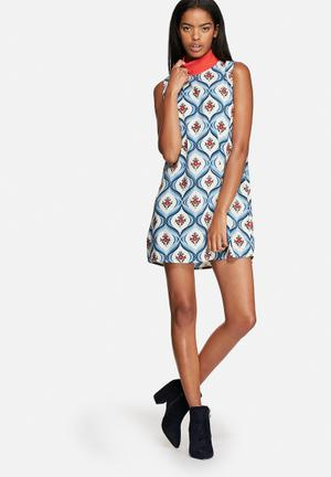 Motel Lillian Dress Casual Blue