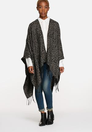 ONLY Agatha Weaved Leo Poncho Scarves Charcoal