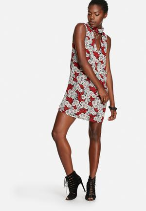 Glamorous Daisy Dress Casual Red & Black