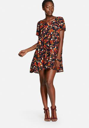 Glamorous Sunset Floral Dress Casual Black