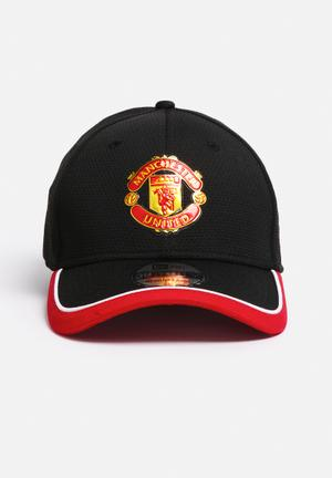 New Era 3930 Caddy Man Utd Headwear Black