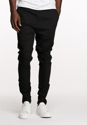 Basicthread Deco Pants Black
