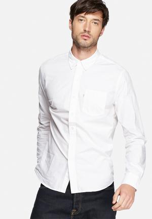 Levi's® Classic 1 Pocket Shirts White