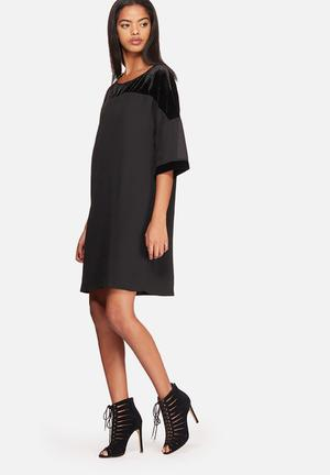 ONLY Merle Mix Dress Occasion Black