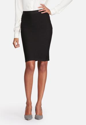 ONLY Pilar Seamless Knee Skirt Black