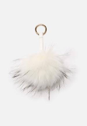 Nila Anthony Pom - Pom Bag Accessories Fashion Accessories White