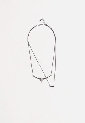 Vero Moda Dannie Necklace Jewellery Gun