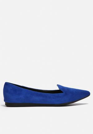 Gino Paoli Pointed Flat Cobalt Blue