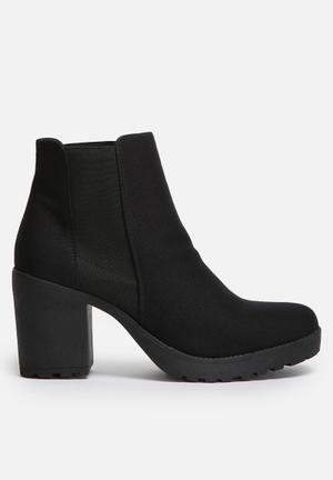 ONLY Brooke Bootie Black