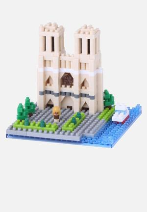 Nanoblock Cathedral Notre-Dame Toys & LEGO Plastic