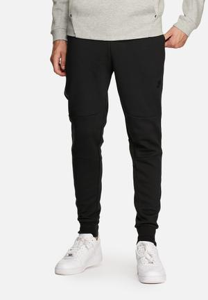 Nike Nike Tech Fleece Pants Sweatpants & Shorts Black