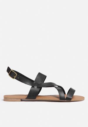 Qupid Alanis Sandals & Flip Flops Black