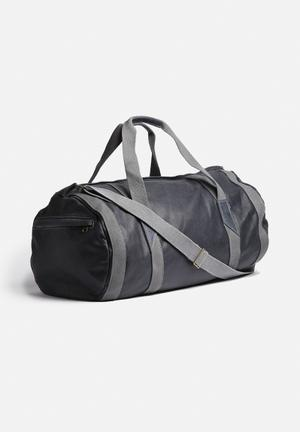 Dark Horse Leather Duffel Bag Navy Blue
