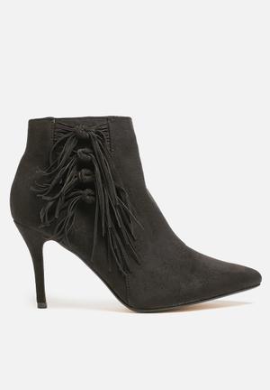 Truffle Rhona Boots Black