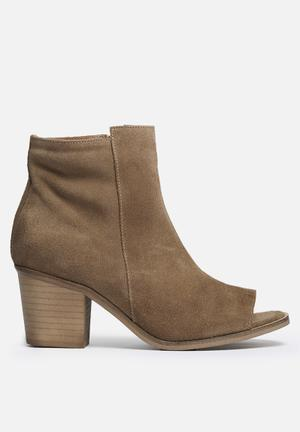 Vero Moda Isabella Leather Boot Kangaroo