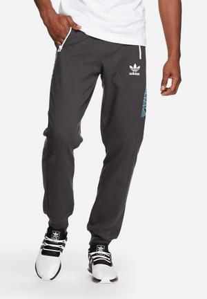 Adidas Originals Shatter Slim Trackpant Sweatpants & Shorts Black