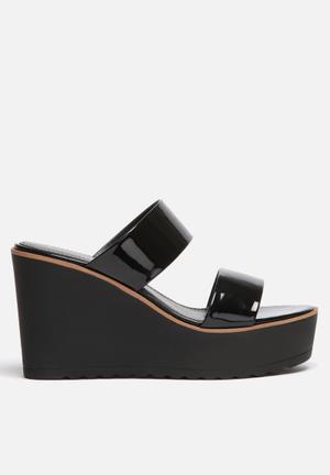 Liliana Odessa Heels Black