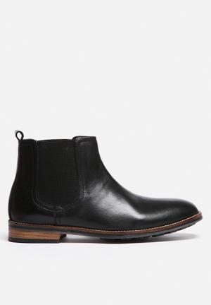 Watson Shoes Waxlow Boots Black