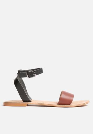 Vero Moda Stine Leather Sandal Tan & Black